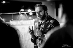 Foto-reportage van een politiek debat: uw evenement in Zwartwit