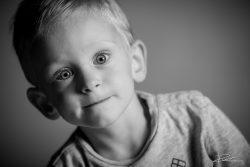 Familie Portret zoon zwartwit kind-2