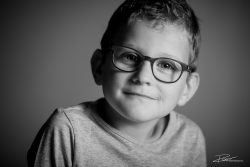 Familie Portret zoon zwartwit kind-3