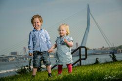Familiefoto kinderen voor erasmusbrug-1