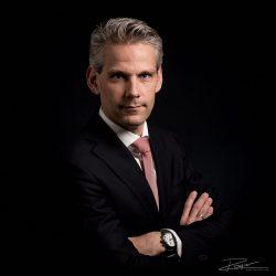 Klassiek Portret van een advocaat door een gespecialiseerde portretfotograaf