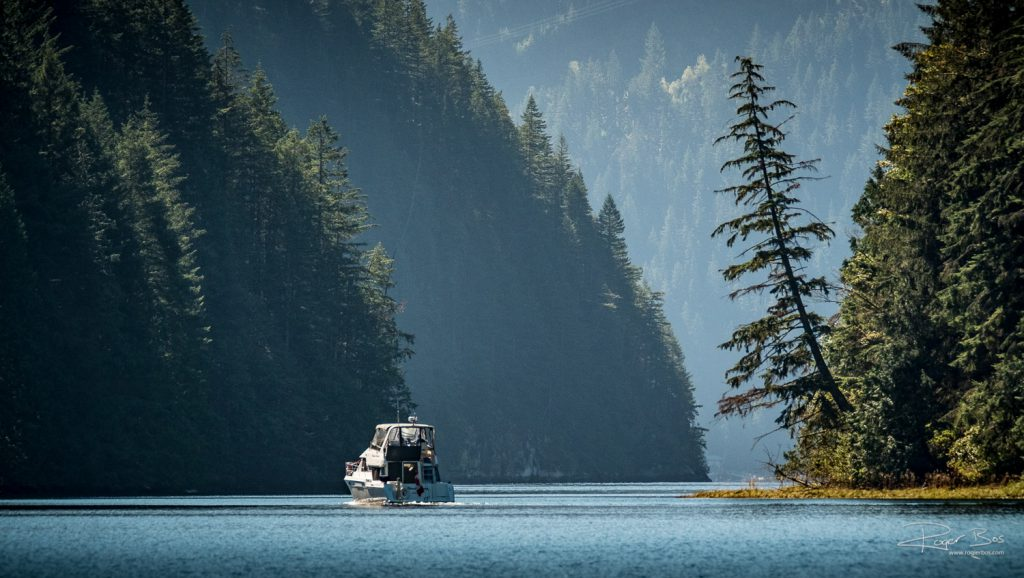 Indian Arm Deep Cove sailing