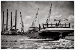 Port of Rotterdam in Zwartwit-3