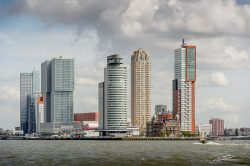 PortofRotterdam-Port Authority op WIlhelminapier