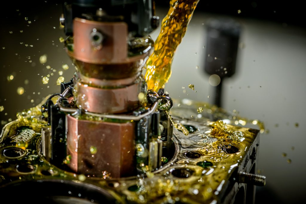 Industriële fotografie: het uitslijpen van een cilinderkoker