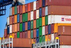 Industrieel - haven van Rotterdam - rijdag-17