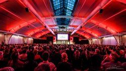 Volle zaal in de Brabanthallen in 's Hertogenbosch voor Parkinsonnet