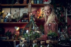 Portret onderneemster plantenwinkel