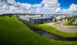 Dronefoto van kantoorgebouw in Waddinxveen