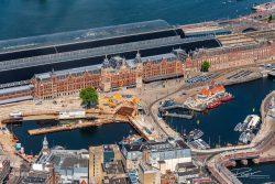 Luchtfotografie Amsterdam centraal Station en de Entree